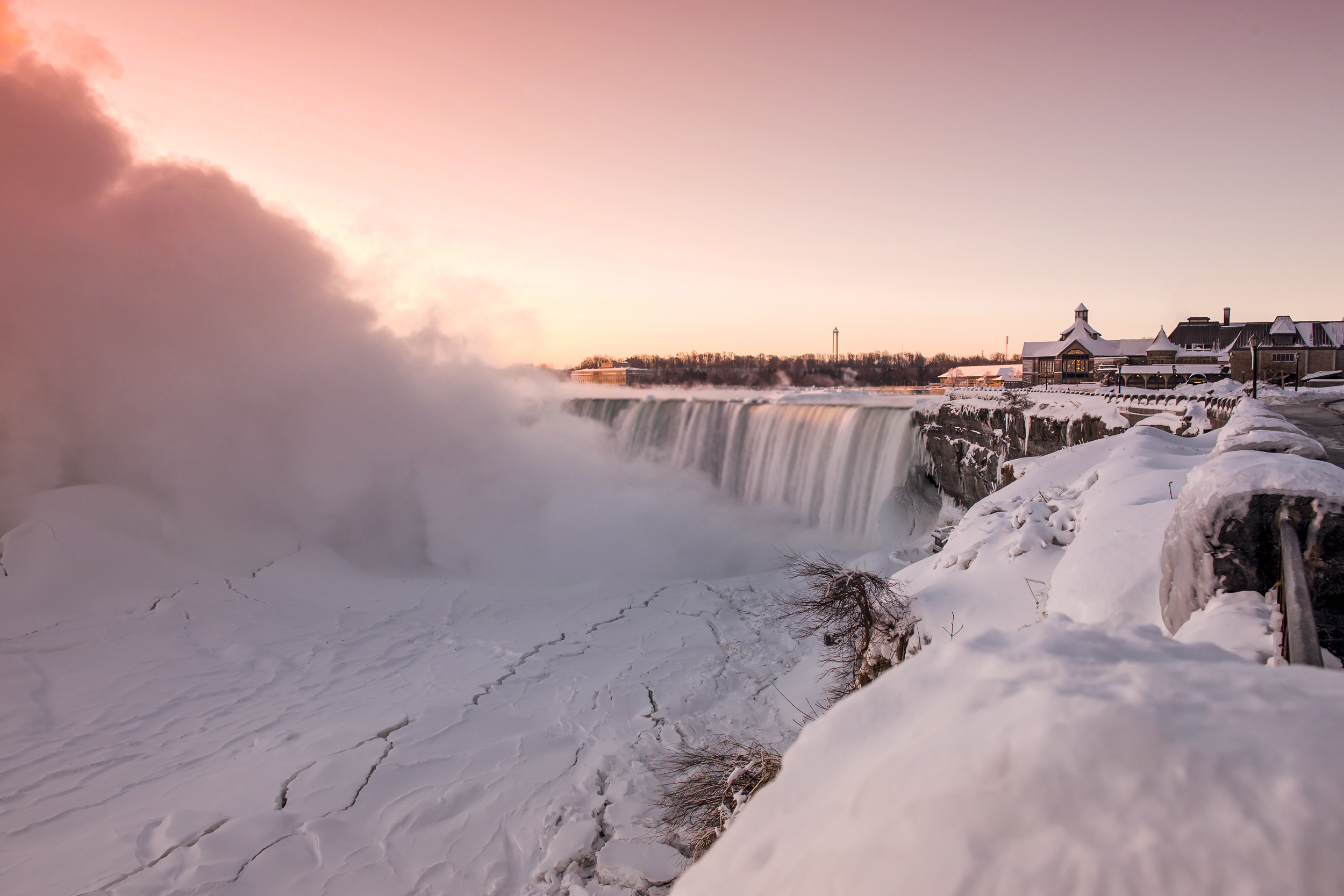 8 Ways To Explore Niagara Parks This Winter