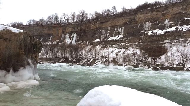 The freezing temperatures are no match for these Class 6 rapids! #NiagaraNeverSt