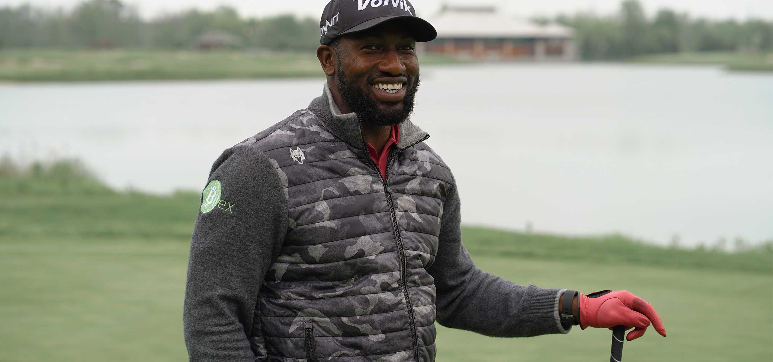 2018 World Long Drive Champion Maurice Allen Successfully Drives Golf Ball over Niagara Falls
