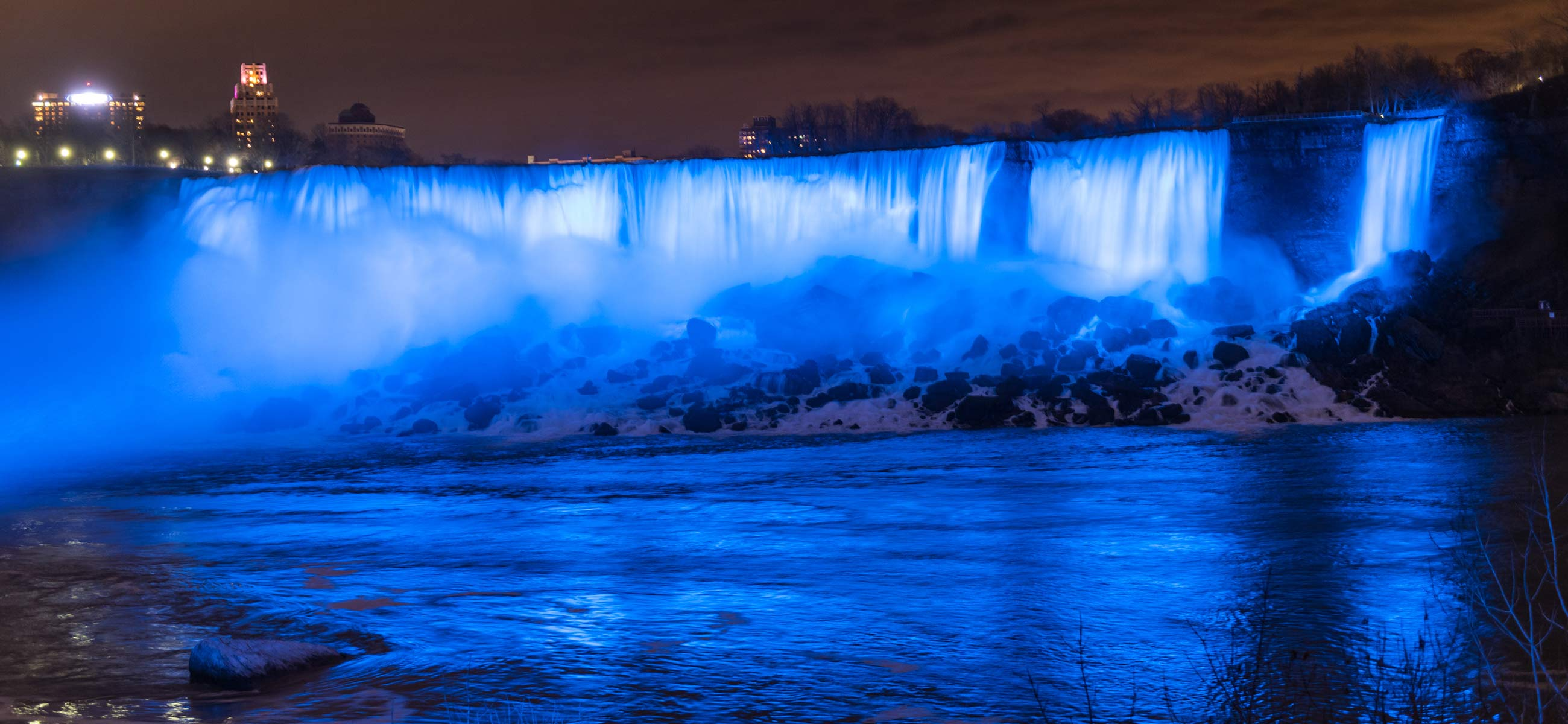 Niagara Falls to be Illuminated in Blue in Recognition of International Nurses Day