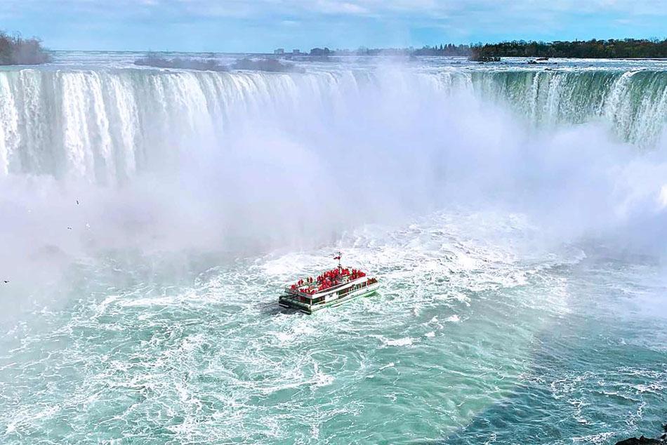 Hornblower Niagara Cruises